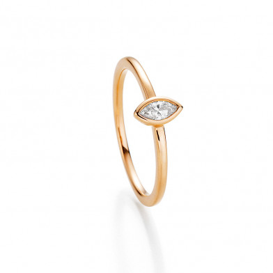 Ring mit Navette Diamant